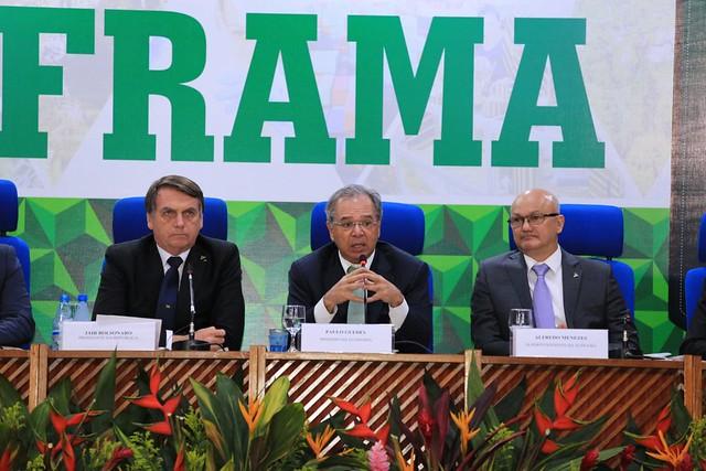Foto: Divulgação - Suframa. Presidente Jair Bolsonaro, ministro da Economia Paulo Guedes e superintendente da Suframa Coronel Alfredo Menezes.