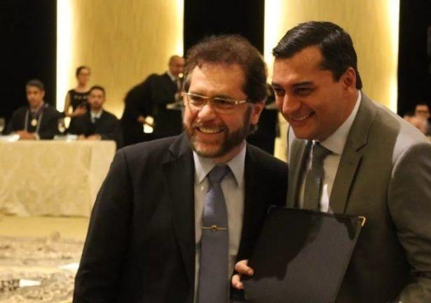 Foto do dia da diplomação de eleitos publicada pelo senador Plínio Valério em suas redes sociais.   Foto: Plínio Valério e Wilson Lima