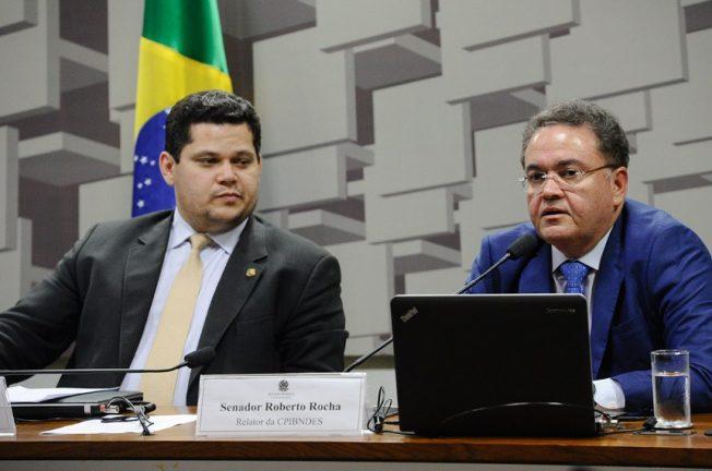 Foto: Presidente do Senado, Davi Alcolumbre e relator da Reforma Tributária, senador Roberto Rocha (Marcos Oliveira/Agência Senado)