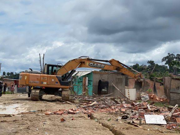 Foto: Desocupação do Monte Horebe. (Blog Rosiene Carvalho)