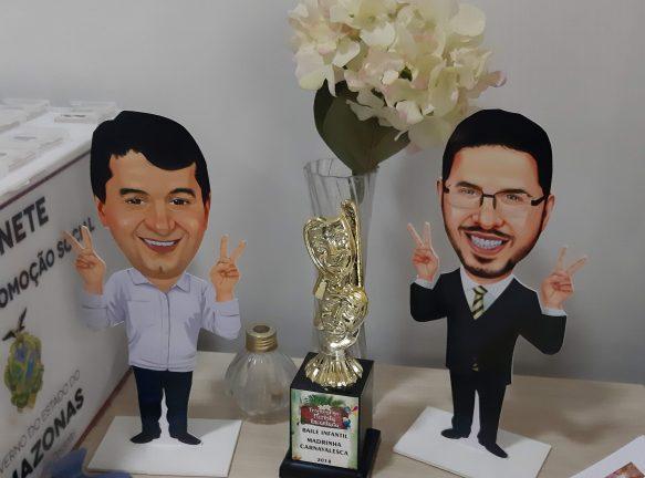 Foto: Bonecos do governador Wilson Lima e do vice-governador Carlos Almeida Filho (Rosiene Carvalho)