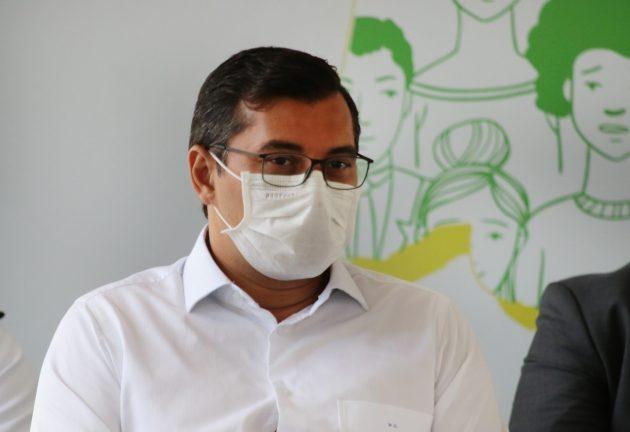Foto: governador do Amazonas, Wilson Lima (PSC) no dia 17 de junho, durante visita da ministra Damares (Edmar Barros)